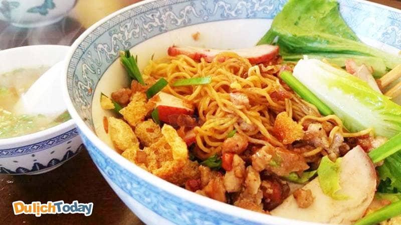 Mì thảy Nghiệp Kí món ăn nổi tiếng lâu đời ở Vũng Tàu