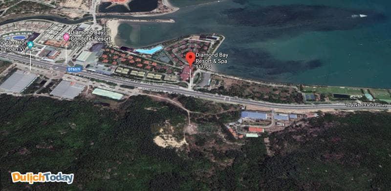 Khu nghỉ dưỡng Diamond Bay Nha Trang tọa lạc trên đường Nguyễn Tất Thành