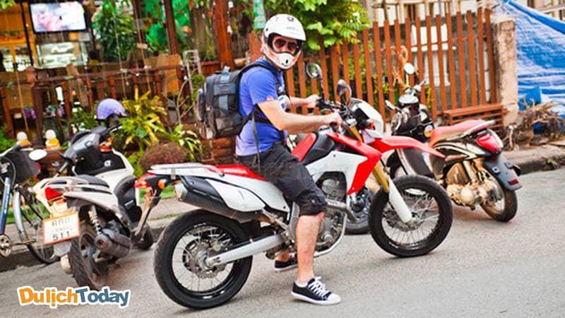 Bạn có thể thuê được xe moto Hà Nội tại Gia Hưng motobike retail