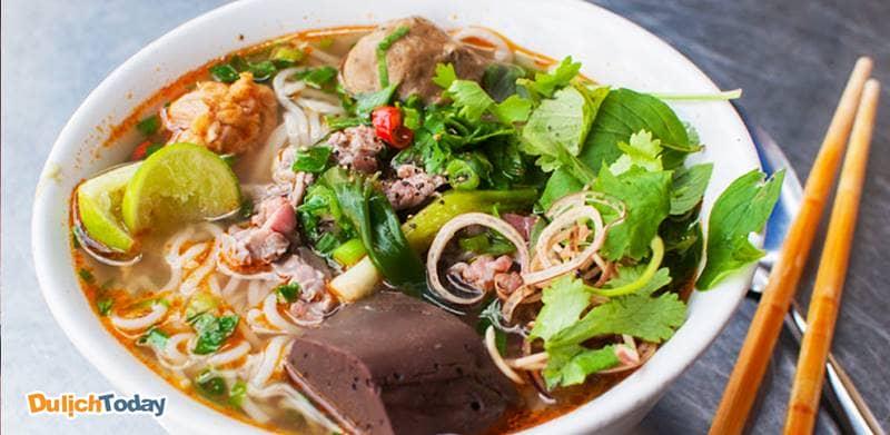 Bún bò Nha Trang dễ tìm, ngon miệng và phù hợp với túi tiền