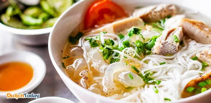 Thưởng thức đặc sản Bún cá sứa chỉ có tại Nha Trang