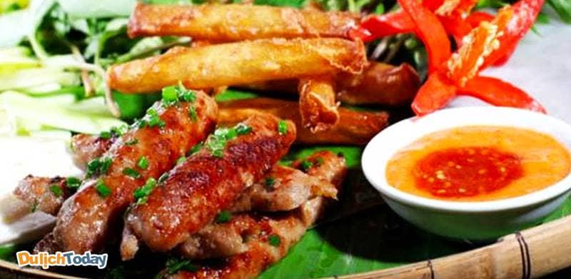 Món nem Ninh Hòa nổi tiếng tại Nha Trang