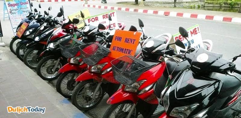 Thuê xe máy là lựa chọn phù hợp giúp bạn chủ động khi du lịch giá rẻ