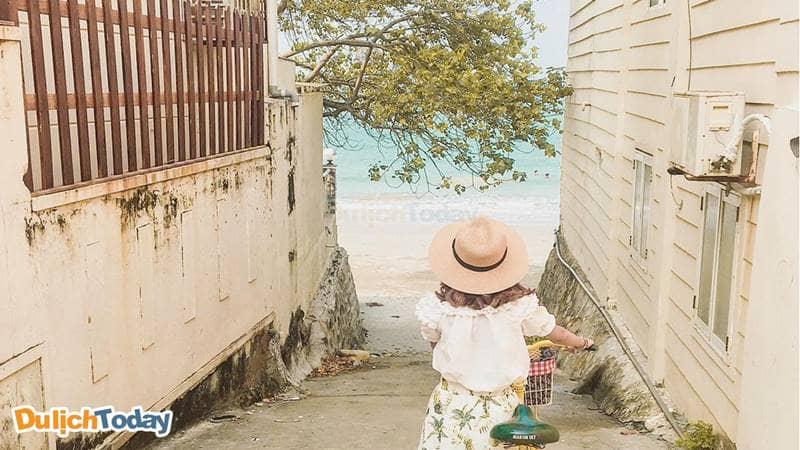 Hẻm 107 Trần Phú được rất nhiều bạn trẻ chụp ảnh
