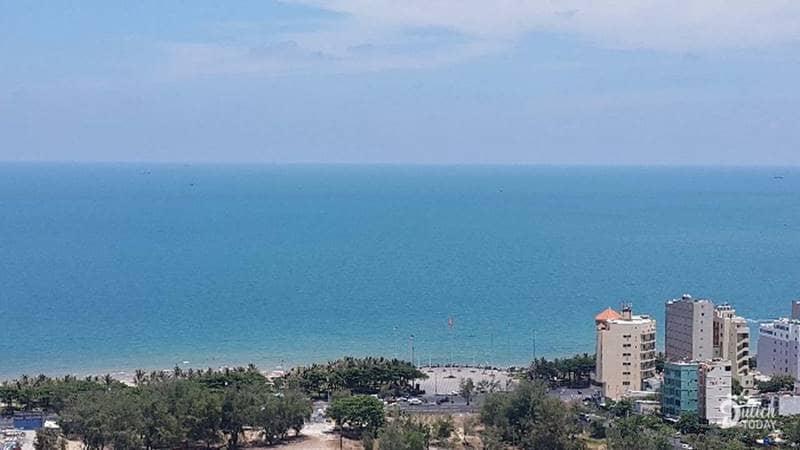 View đẹp nhìn ra biển từ Nắng Homestay