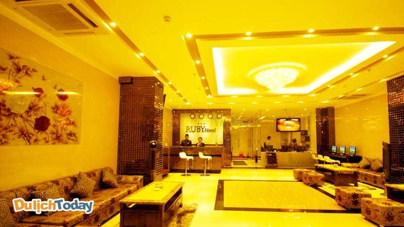 Ruby Hotel Nha Trang đem đến không gian sang trọng, ấm cúng cho du khách