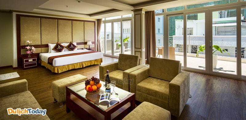 Phòng khách sạn Paris Nha Trang có thiết kế hơi hướng nước Pháp