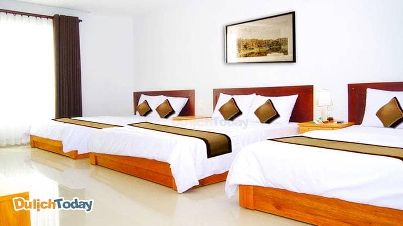 Phòng ngủ gọn ngàng, tươm tất của Thiên Nga Family Hotel