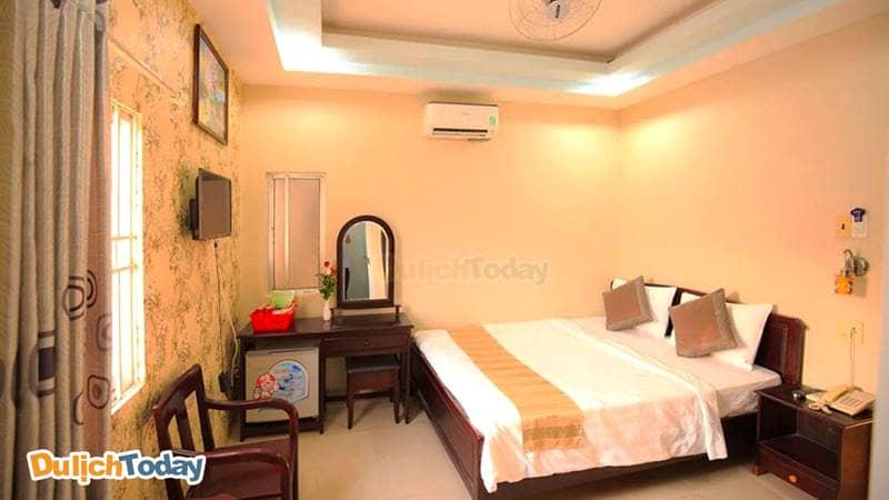 Phòng đôi tại khách sạn 2 sao Nha Trang Remi phù hợp với các cặp đôi