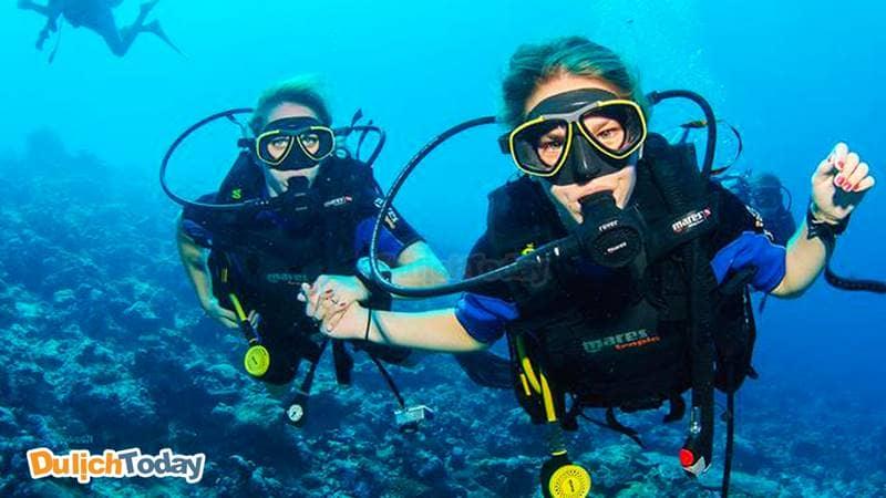 Khám phá đại dương qua bộ môn thể thao lặn biển