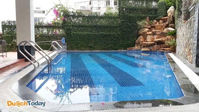 Bể bơi tại biệt thự cho thuê Vũng Tàu Luxury 4