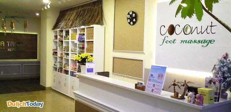 Coconut Massage nằm trong khu trung tâm với diện tích không lớn nhưng lịch sự và trang nhã