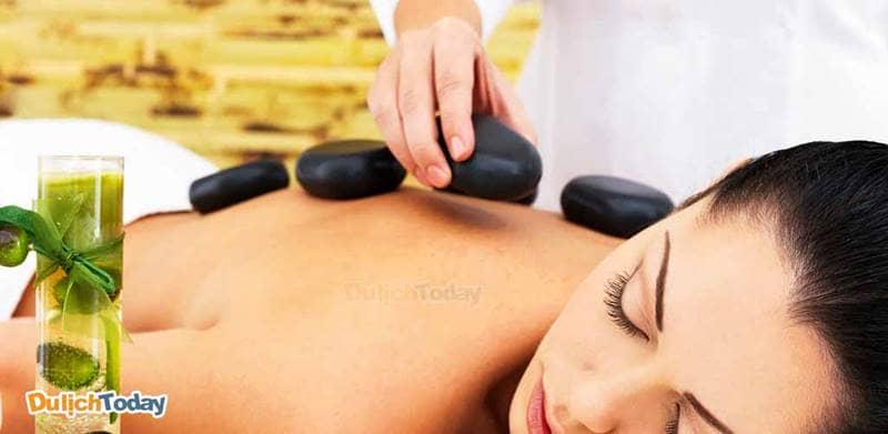 Phương pháp đá nóng rất hữu hiệu để giải tỏa đau nhức