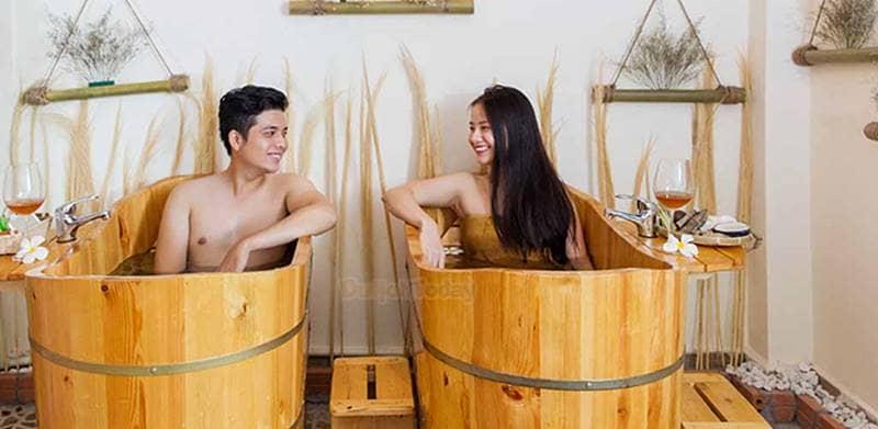 Dịch vụ massage cặp đôi tại Sứ Spa rất được yêu thích