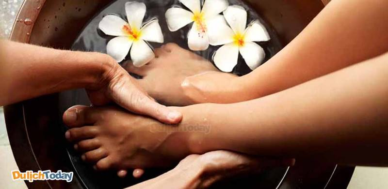 """Thưởng thức dịch vụ massage chân tại Sunflower cực """"chất"""" mà rẻ"""