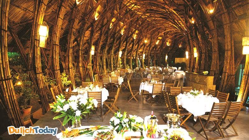 Nhà hàng Ocean View có sức chứa đến 600 khách