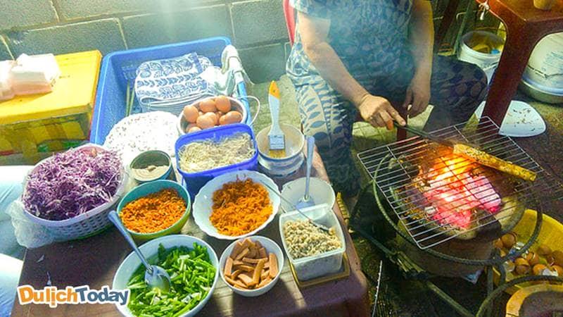 Pizza Đà Lạt là một trong những quán ăn vỉa hè ngon ở Nha Trang