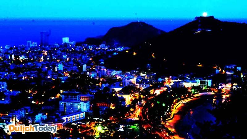 Vũng Tàu lung linh khi thành phố lên đèn