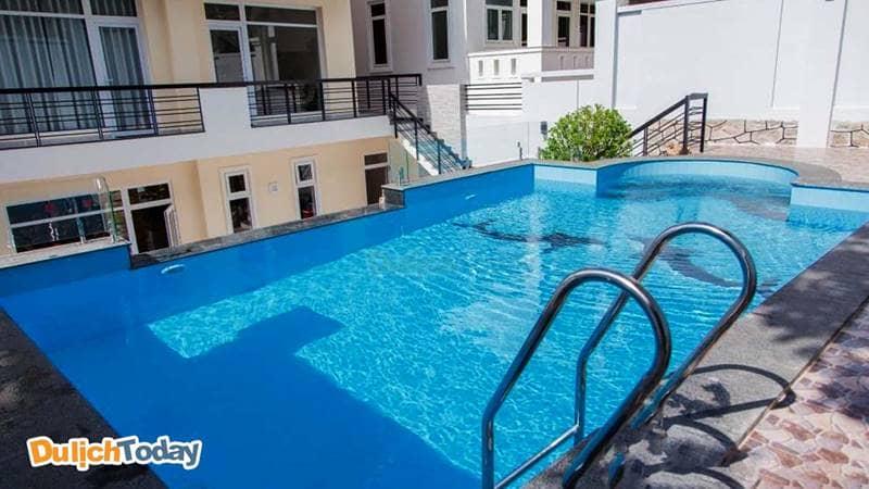 Bể bơi ở biệt thự Sky Villa, Vũng Tàu