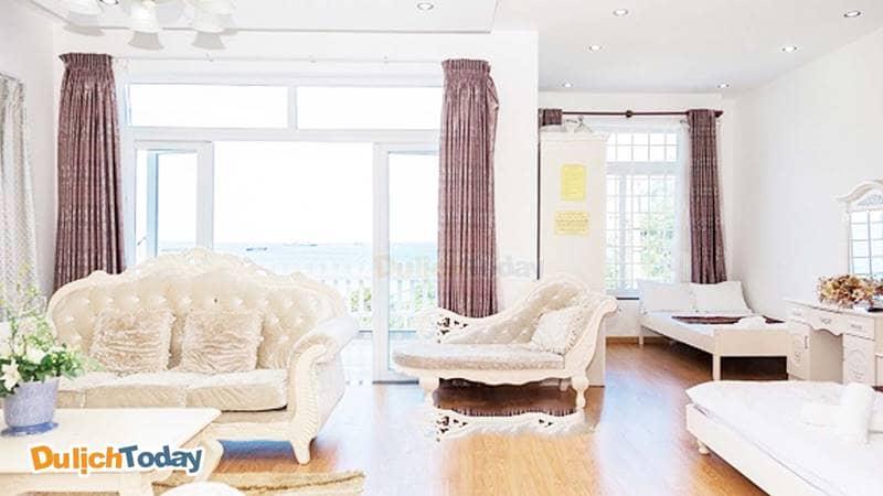 Phòng khách tại biệt thự Sweet home 1