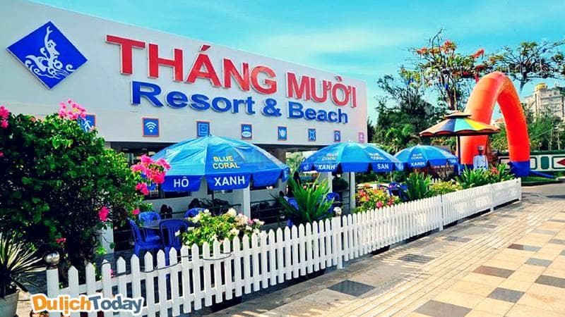Với thiết kế đơn giản, Tháng Mười Resort là một trong những điểm dừng chân lý tưởng của nhiều du kháchVới thiết kế đơn giản, Tháng Mười Resort là một trong những điểm dừng chân lý tưởng của nhiều du khách