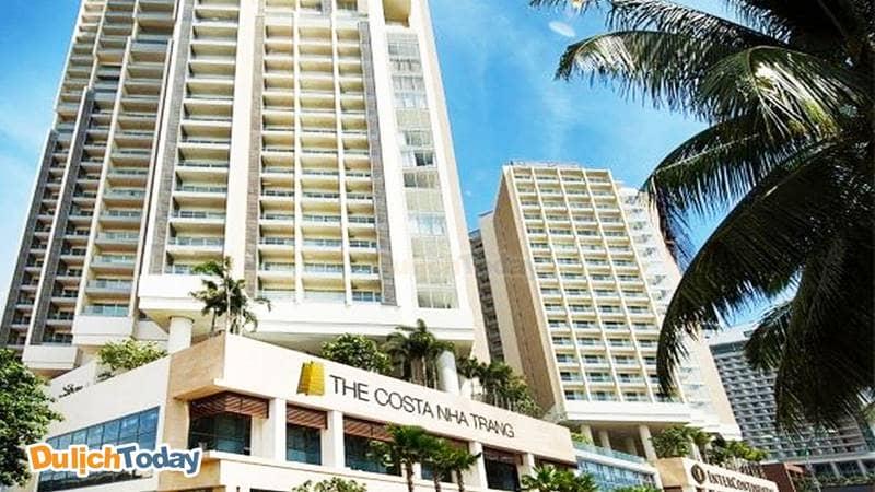 The Costa Nha Trang nằm ngay cạnh khách sạn Interconetinal Nha Trang