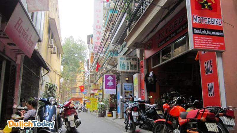 Phùng Motobike là địa chỉ cho thuê xe máy ở Hà Nội nằm trên phố Hàng Trống