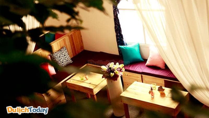 Không gian cafe xinh xắn tại 213 Cafe Phim