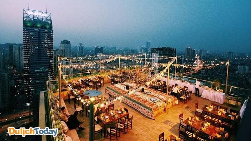 Trill Rooftop - một trong những địa điểm hẹn hò lãng mạn ở Hà Nội