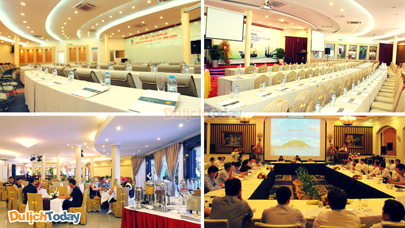 Phòng hội nghị sang trọng và đầy đủ các tiện nghi của khách sạn