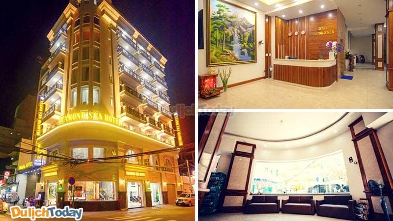 Khách sạn Diamond Sea có vị trí khá đẹp với 2 mặt phố công với nội thất bên trong sang trọng, hiện đại