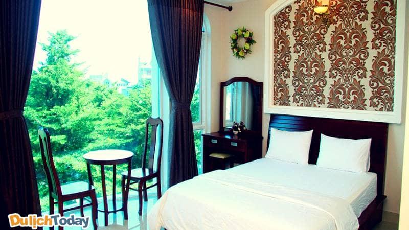 Không gian trong phòng tại khách sạn luôn đem đến cảm giác thư thái nhất cho du khách khi đến đây