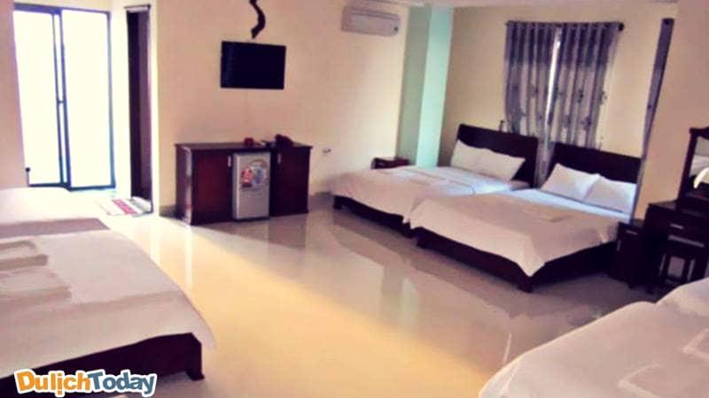 Phòng ngủ sạch sẽ, thoáng đãng tại Mekong hotel