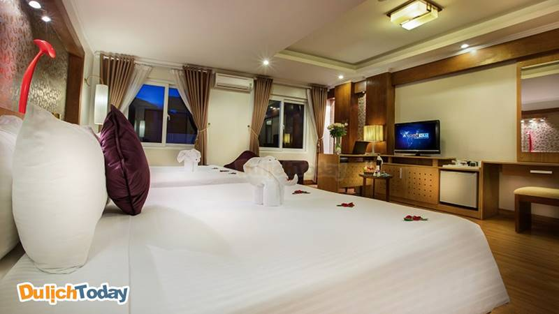 Phòng suite dành cho khách gia đình đến với La Storia Ruby Hotel