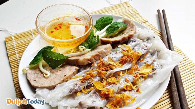 Từ lâu bánh cuốn đã trở thành món ăn sáng không thể thiếu của người dân Vũng Tàu