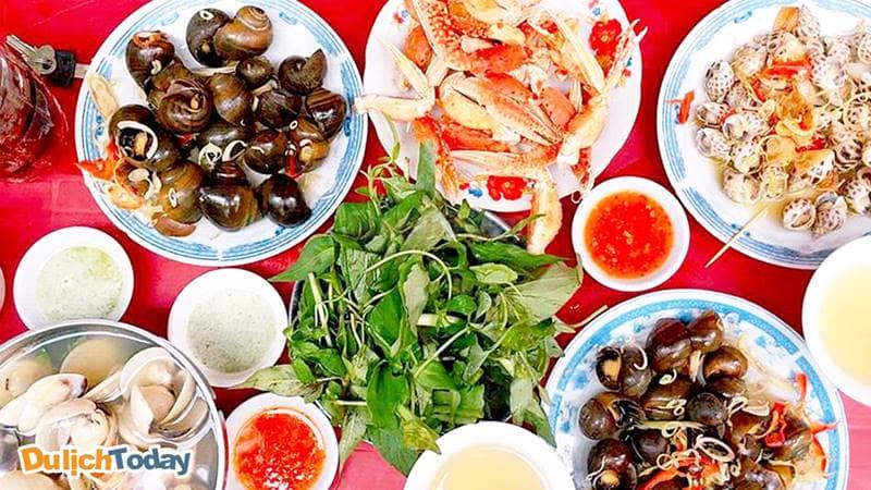 Ốc hẻm 34 Nguyễn Thiện Thuật- món ăn vặt khoái khẩu của nhiều teen Nha Trang