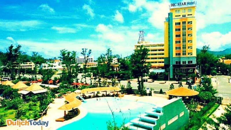 Dic Star là khách sạn 4 sao đầu tiên tại bãi Sau Vũng Tàu với vị trí đắc địa nằm đối diện bãi Sau