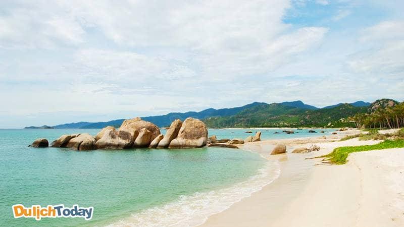Vùng biển đảo Bình Lập ít người biết đến, luôn ôn hòa và êm đềm
