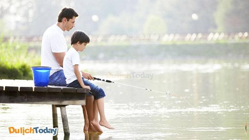 Hồ câu cá - địa điểm dã ngoại gần Hà Nội cho gia đình