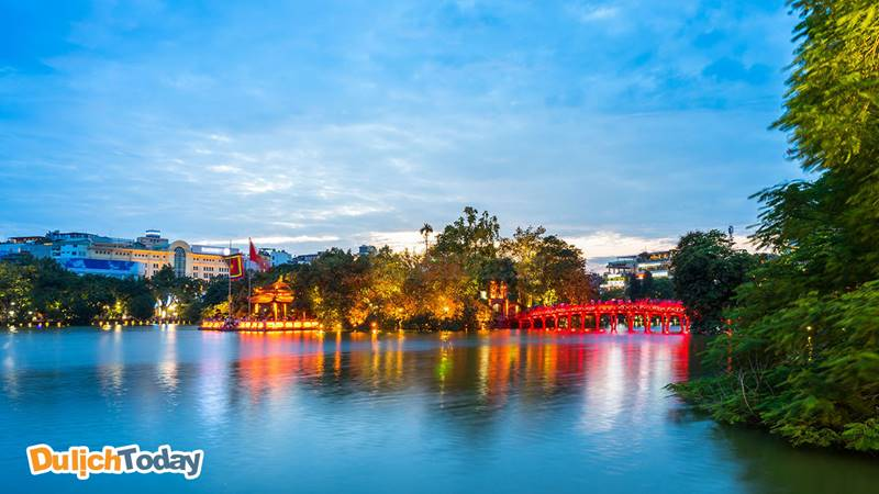 Hồ Hoàn Kiếm - Đền Ngọc Sơn