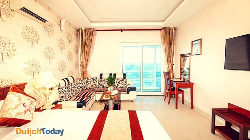Mỗi căn phòng tại Romeliess được trang trí khá đơn giản nhưng mang lại cảm giác thoải mái nhất cho mỗi du khách