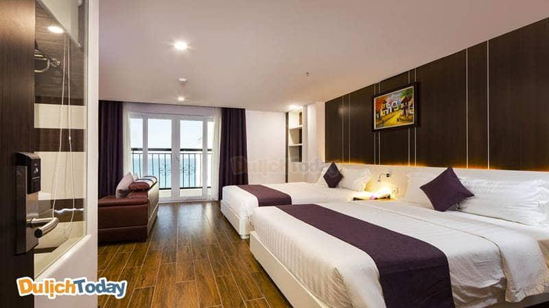Phòng ngủ của Balcony thiết kế đơn giản và hiện đại