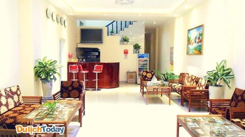 Phòng khách thân thiện luôn chào đón du khách tại Côn Sơn Island