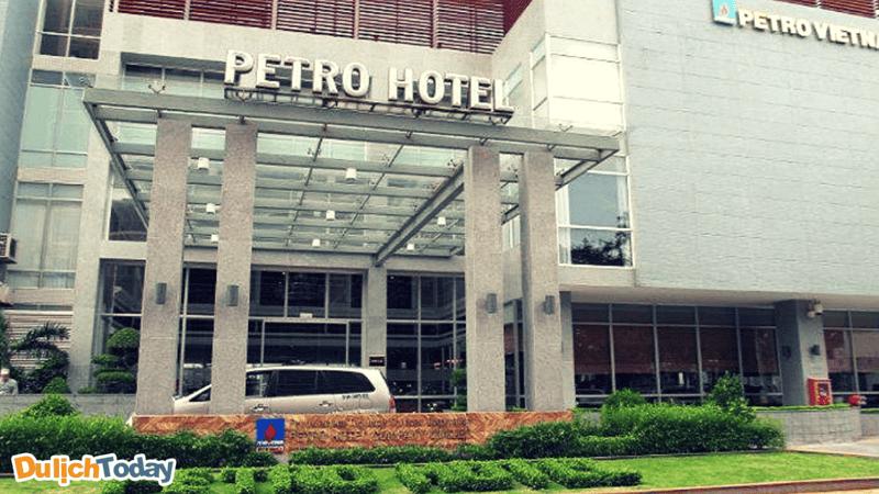 Khách sạn Petro - một trong những khách sạn của tập đoàn dầu khí Việt Nam