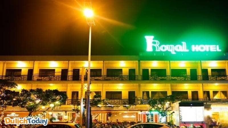 Khách sạn Royal là điểm đến đáng tin cậy mỗi lần ghé đến bãi Trước