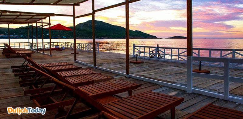 Không thể bỏ qua trải nghiệm nghỉ ngơi tại nhà bè trên đảo Bình Hưng