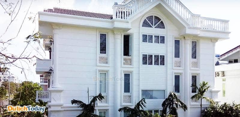 Villa Dive Resort Nha Trang gồm 3 tầng, khang trang và có diện tích khá lớn