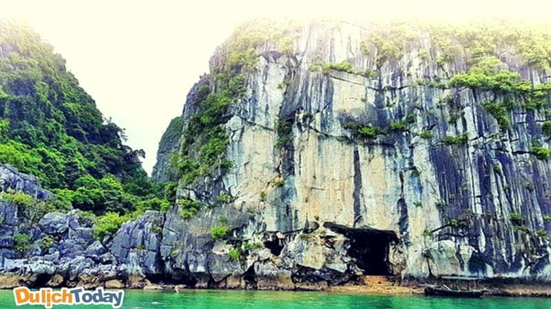 Động Hồ Tiên, Vịnh Hạ Long