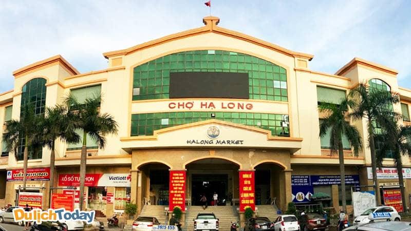 Chợ Hạ Long 1 là khu chợ lớn nhất thành phố