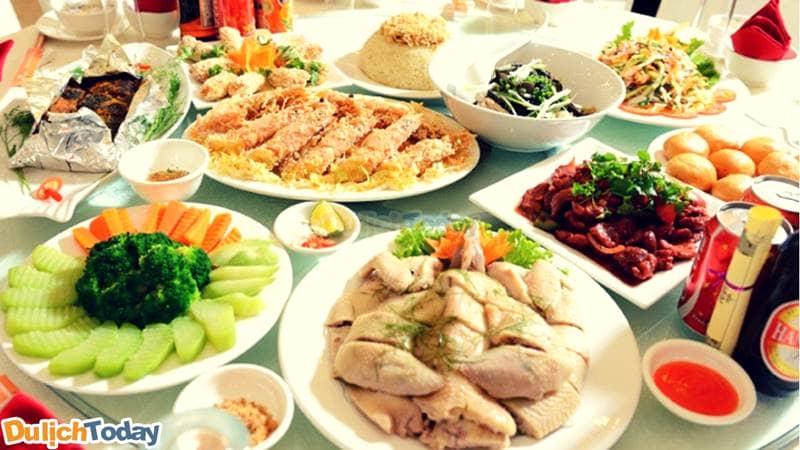 các món ăn trong thực đơn của nhà hàng Cổ Ngư